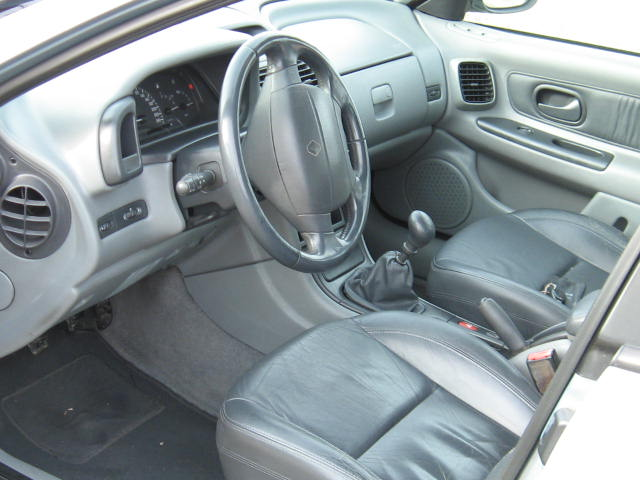 Renault Laguna an 2000 euro 3 full piele de vinzare