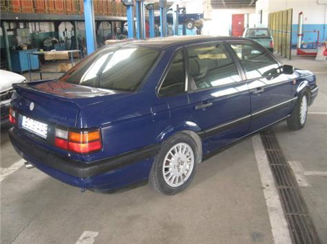 Vind vw passat an 1992 2000cmc benzina + gpl