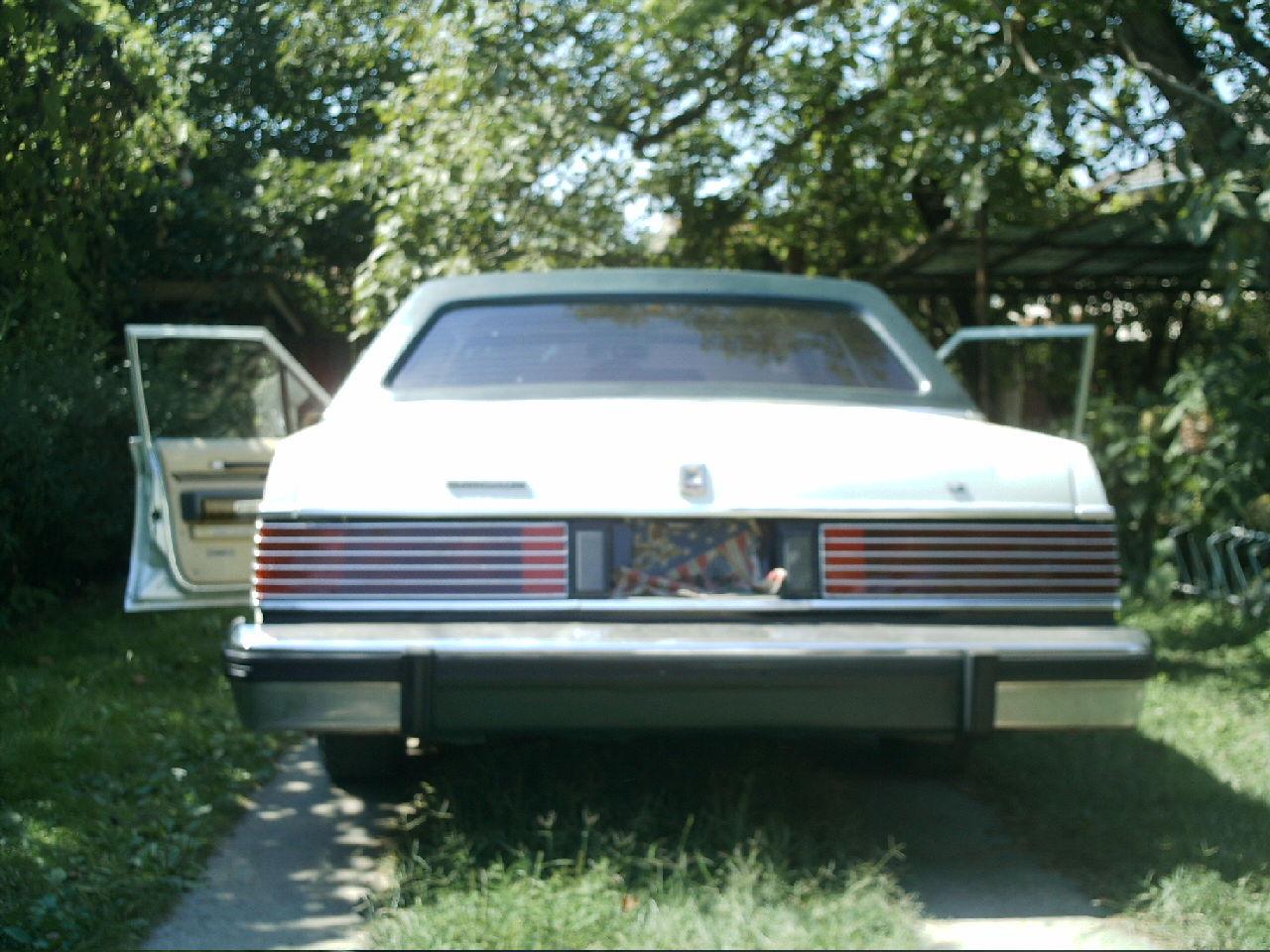 Masina americana in stare perfecta cu motor 2.3 d
