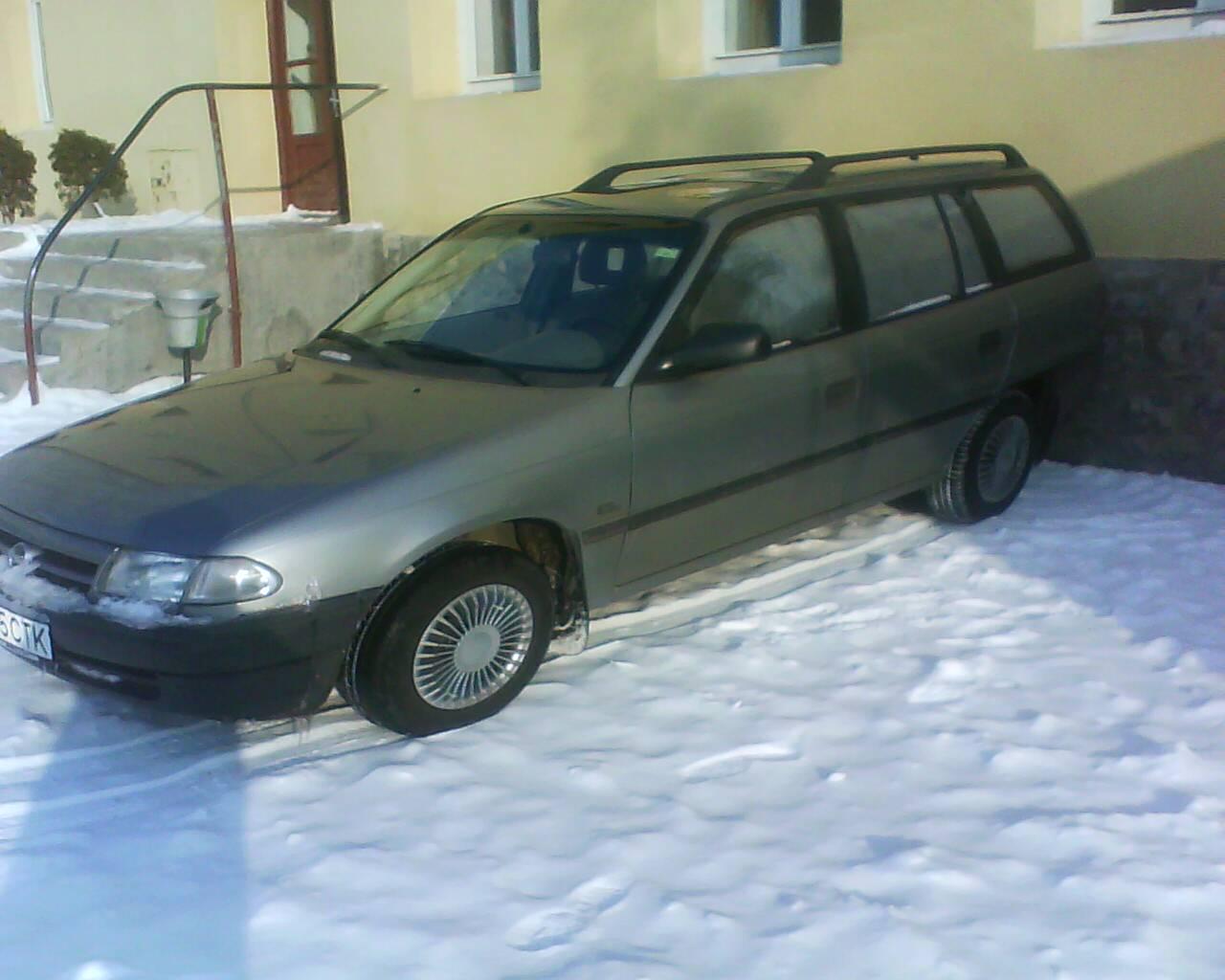Opel astra f caravan 1598