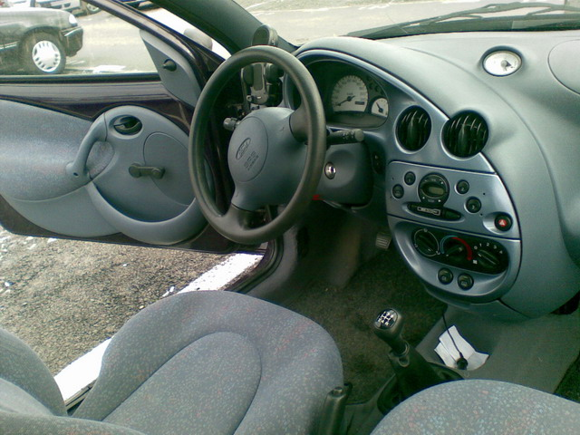 Ford ka de vanzare an1997 1300cmc rar2011