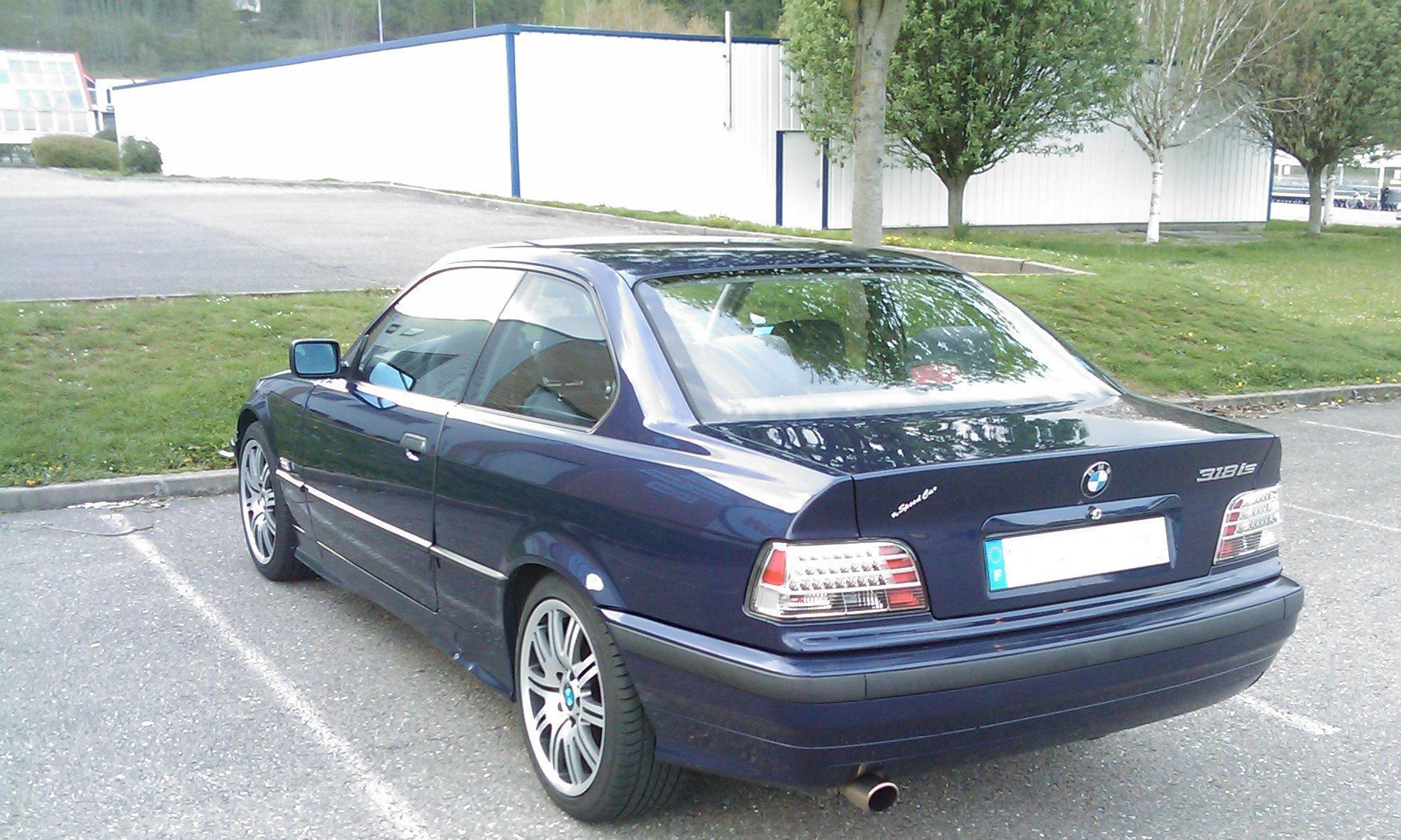 Vind bmw 318 is coupe/avus