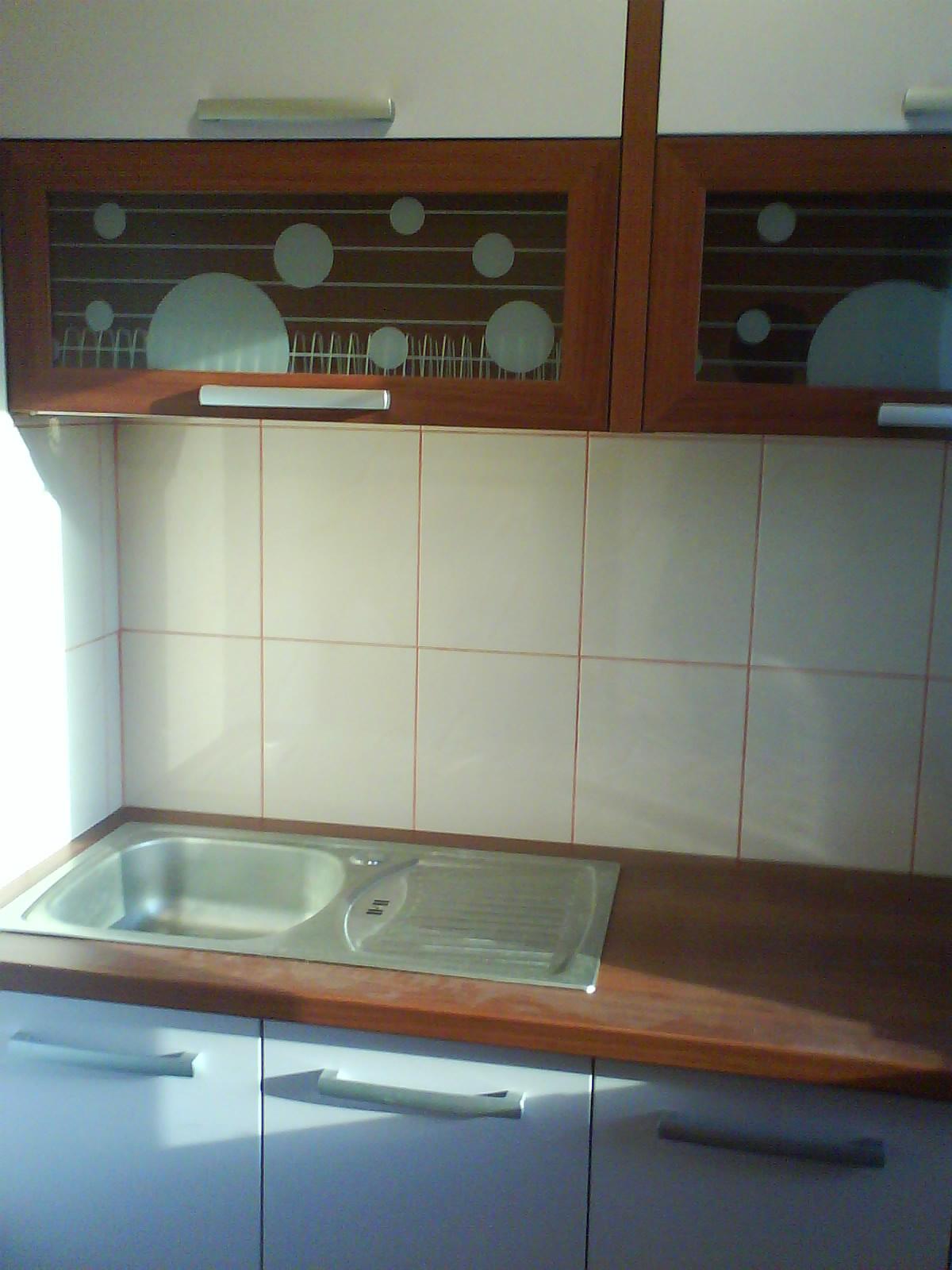 Vand apartament 2 camere campina